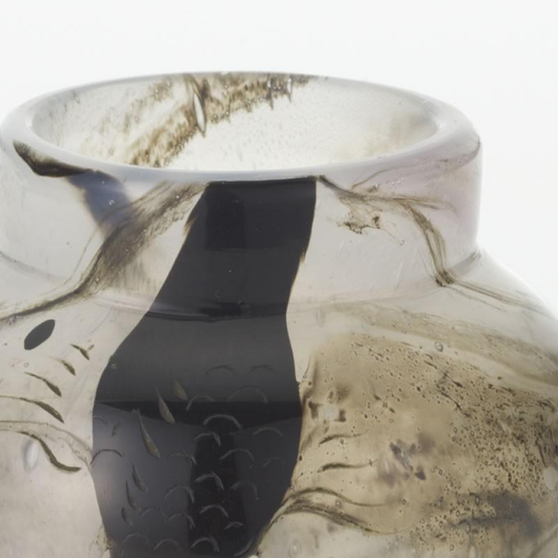 エミール・ガレ 帯状ガラスを封入した小瓶